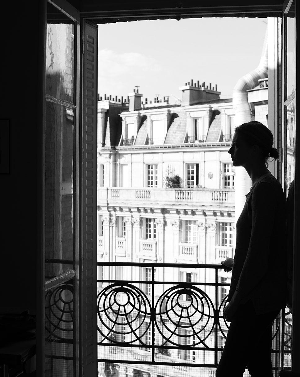 Balcony_Shot_02_Portrait_Thea_014_BW_RGB_LOW