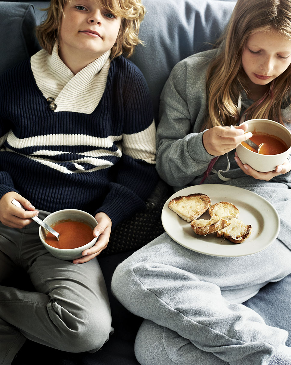 Kids_Couch_TomatoSoup_CheeseToast_055_RGB_LOW